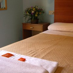 Hotel Mercurio 2* Стандартный номер с двуспальной кроватью