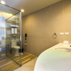Отель Holiday Inn Resort Krabi Ao Nang Beach 4* Стандартный номер с различными типами кроватей фото 2