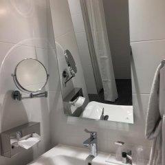 Hotel Ambassador 3* Номер Комфорт с различными типами кроватей фото 25