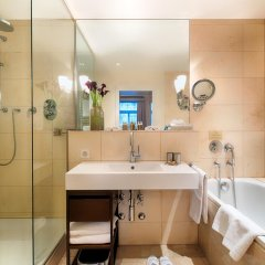 ALDEN Suite Hotel Splügenschloss Zurich 5* Полулюкс с различными типами кроватей