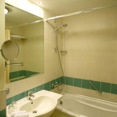 Ramada Donetsk Hotel 4* Стандартный номер с различными типами кроватей фото 8