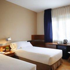 Tres Torres Atiram Hotel 3* Стандартный семейный номер с двуспальной кроватью