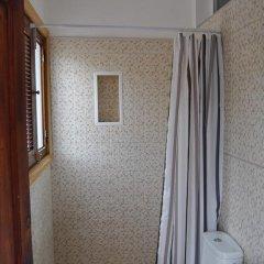 Отель Pensión Eva Номер с общей ванной комнатой с различными типами кроватей (общая ванная комната) фото 6
