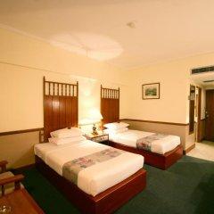Bangkok Palace Hotel 4* Улучшенный номер с двуспальной кроватью фото 2