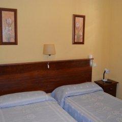 Отель Giraldilla Номер категории Эконом с различными типами кроватей фото 6