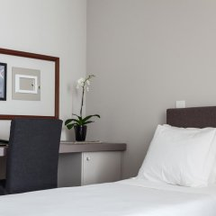 Отель B The Guest Downtown 3* Улучшенный номер разные типы кроватей фото 4