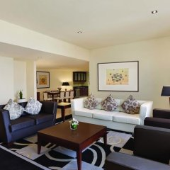 Отель Delta by Marriott Jumeirah Beach 4* Улучшенный номер с различными типами кроватей фото 2