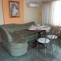 Отель Guest House Cherno More Болгария, Поморие - отзывы, цены и фото номеров - забронировать отель Guest House Cherno More онлайн комната для гостей фото 3