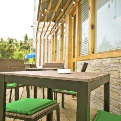 Отель Pine Lodge Мальдивы, Мале - отзывы, цены и фото номеров - забронировать отель Pine Lodge онлайн балкон
