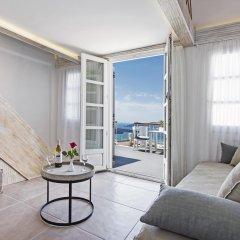 Отель Athina Luxury Suites 4* Люкс с двуспальной кроватью фото 26