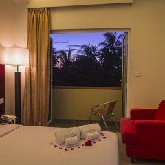 Отель Reveries Diving Village, Maldives 3* Номер Делюкс с различными типами кроватей фото 4