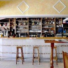 Отель Pension Costiña гостиничный бар