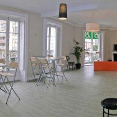 Отель Hostel B&B&B Испания, Сантандер - отзывы, цены и фото номеров - забронировать отель Hostel B&B&B онлайн питание