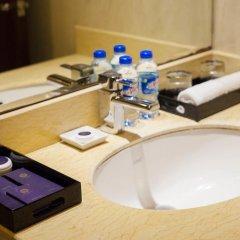 Authentic Hanoi Boutique Hotel 4* Номер Делюкс с двуспальной кроватью фото 18