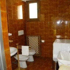Отель Mulinoantico Италия, Лимена - отзывы, цены и фото номеров - забронировать отель Mulinoantico онлайн ванная фото 2