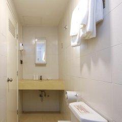 Отель Ratchadamnoen Residence 3* Стандартный номер фото 16