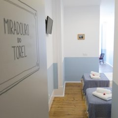 Отель Lisbon Check-In Guesthouse 3* Стандартный номер с различными типами кроватей фото 6