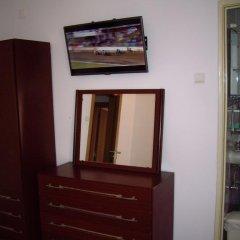 Отель Pensao Residencial Camoes 2* Стандартный номер с различными типами кроватей фото 7
