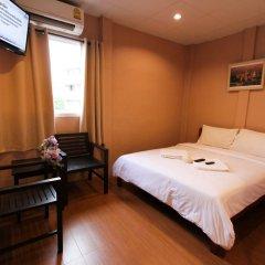Отель At smile house 2* Улучшенный номер с двуспальной кроватью фото 8
