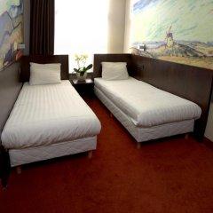 Hotel Van Gogh 3* Стандартный номер с 2 отдельными кроватями фото 7