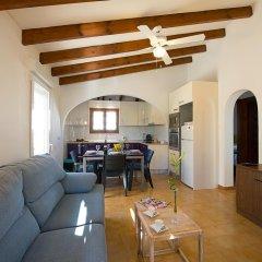 Отель Villa Neus комната для гостей фото 4