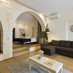 Апартаменты RVA - Gustave Eiffel Apartments комната для гостей фото 2