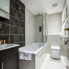 Отель Holiday Inn London - Kensington 4* Улучшенный номер с различными типами кроватей фото 16