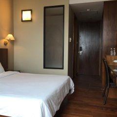 Отель Siloso Beach Resort, Sentosa 3* Номер Делюкс с различными типами кроватей фото 5
