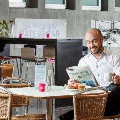 Отель CABINN Metro Hotel Дания, Копенгаген - 10 отзывов об отеле, цены и фото номеров - забронировать отель CABINN Metro Hotel онлайн питание