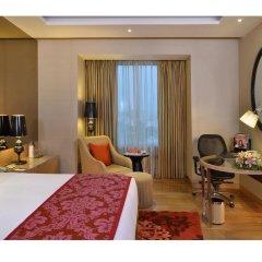 Отель Radisson Blu Jaipur 4* Улучшенный номер с двуспальной кроватью фото 5