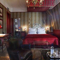 Отель Saint James Paris 5* Улучшенный номер с различными типами кроватей фото 3