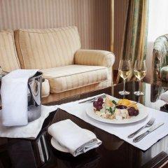 Гостиница Отрада 5* Стандартный номер на цокольном этаже с двуспальной кроватью фото 7