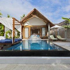 Отель Furaveri Island Resort & Spa 5* Вилла Garden с различными типами кроватей фото 5