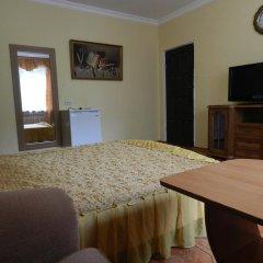 Гостевой дом Домашний Уют Стандартный семейный номер с двуспальной кроватью фото 12