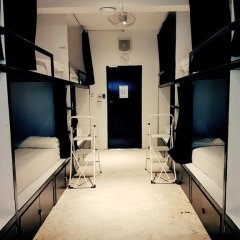 Seek Sleep Hostel Бангкок комната для гостей фото 4