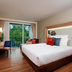 Отель Novotel Phuket Kamala Beach 4* Улучшенный номер с двуспальной кроватью фото 6