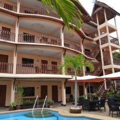 Отель Phratamnak Inn 2* Кровать в общем номере с двухъярусной кроватью фото 3