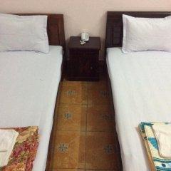 Отель My Hoa Guest House Стандартный номер с различными типами кроватей фото 5