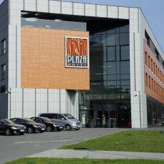 Отель Warsaw Plaza Hotel Польша, Варшава - 1 отзыв об отеле, цены и фото номеров - забронировать отель Warsaw Plaza Hotel онлайн парковка