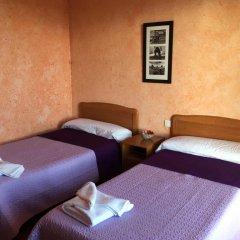 Отель Hostal La Concha комната для гостей фото 3