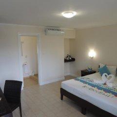 Hotel La Roussette 3* Стандартный номер с двуспальной кроватью фото 3