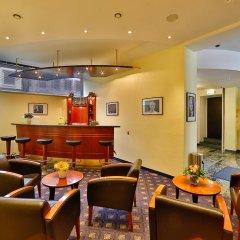 Отель Superior Hotel Präsident Германия, Мюнхен - 8 отзывов об отеле, цены и фото номеров - забронировать отель Superior Hotel Präsident онлайн гостиничный бар
