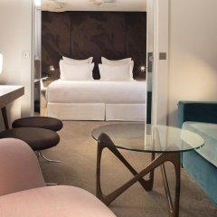 Отель Hôtel Dupond-Smith 5* Улучшенный номер с различными типами кроватей фото 7