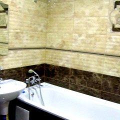 Гостиница on Stalevarov Украина, Запорожье - отзывы, цены и фото номеров - забронировать гостиницу on Stalevarov онлайн ванная