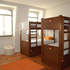 Lisb'on Hostel Кровать в общем номере с двухъярусной кроватью фото 4