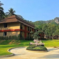 Отель Tonsai Bay Resort 3* Улучшенный номер с различными типами кроватей фото 5