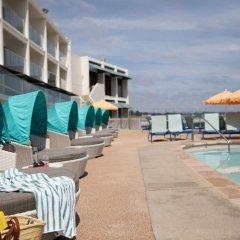 Отель Dream Inn Santa Cruz США, Санта-Крус - отзывы, цены и фото номеров - забронировать отель Dream Inn Santa Cruz онлайн бассейн фото 2