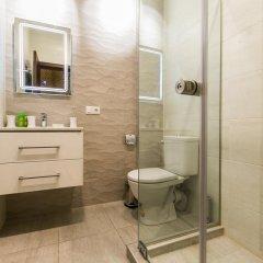 Отель Sweet Home 3 at Freedom Square ванная