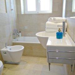 Отель Ferran Pedralbes Penthouse Испания, Барселона - отзывы, цены и фото номеров - забронировать отель Ferran Pedralbes Penthouse онлайн ванная