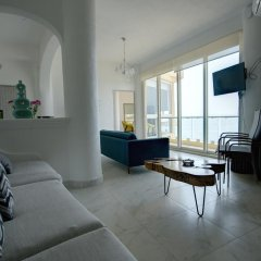 Отель Playa Conchas Chinas 3* Люкс фото 8